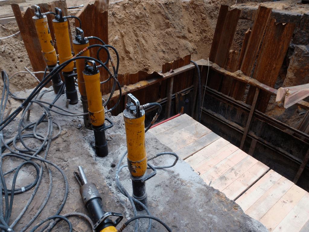 демонтаж бетона и скальных пород